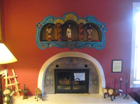 El Paradero Bed and Breakfast Inn: inside the inn