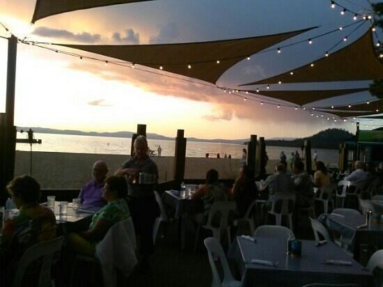 Lakeside Beach House Unbelievable Sunset