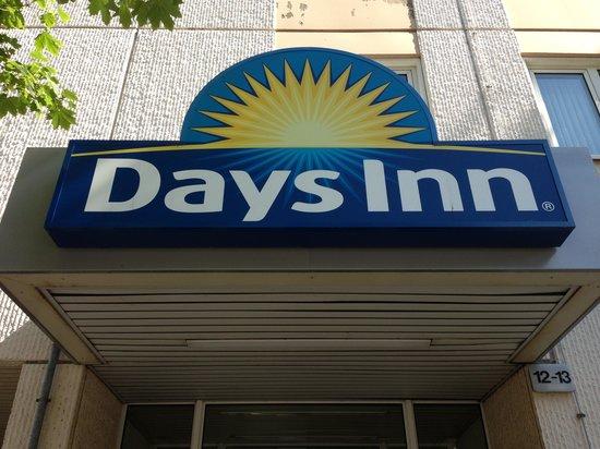 Days Inn Berlin West: Insegna