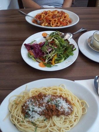 Da Capo: Nice pasta and salad