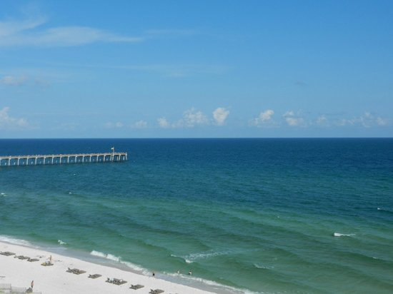 Margaritaville Beach Hotel: View of the ocean from our balcony.
