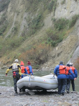 Mangaweka Adventure Company : ...all hands on