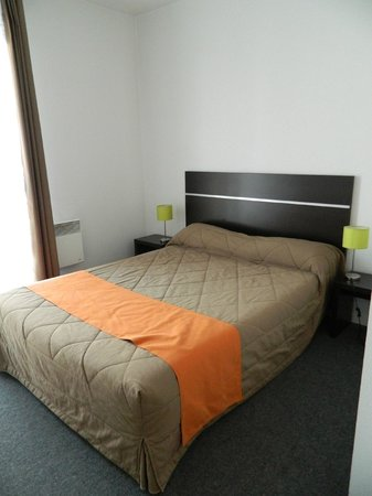 Nemea Nancy Appart'Hotel : room