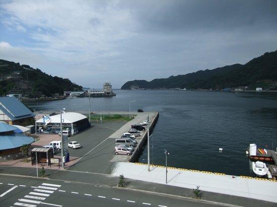 Hotel Mikame Honkan: 部屋から見える三瓶湾の景色