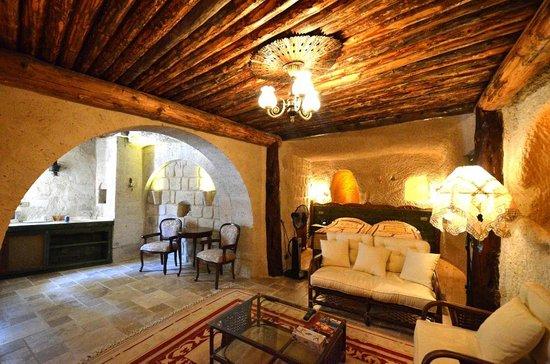 Cappadocia Cave Suites: Room 1023