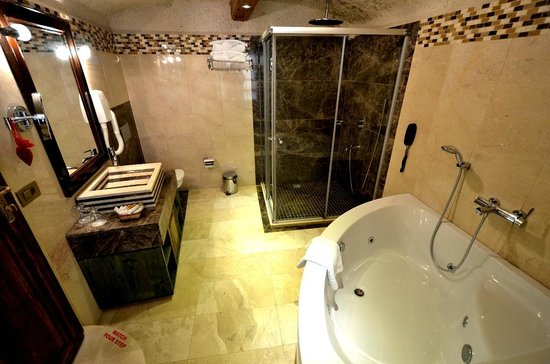 Cappadocia Cave Suites: Room 103