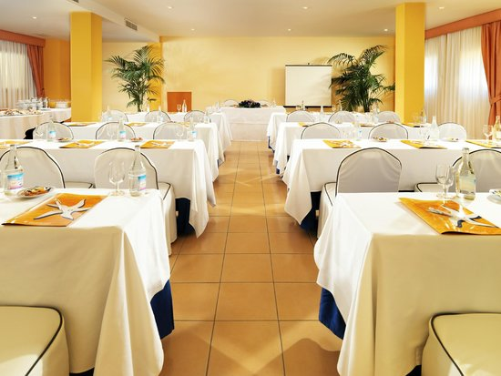 IBEROSTAR Fuerteventura Palace: Conference Room