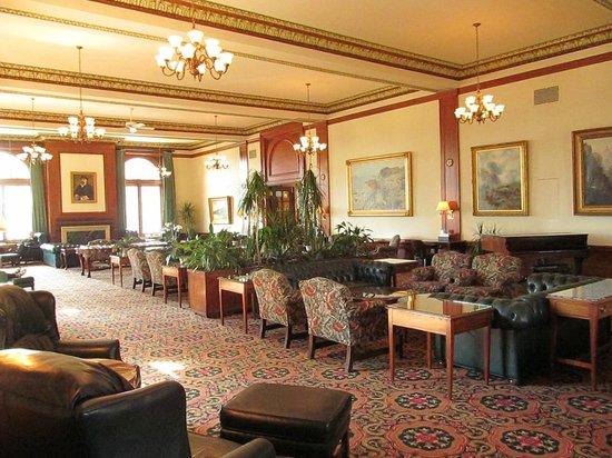 Union Club British Columbia: The Reading Room