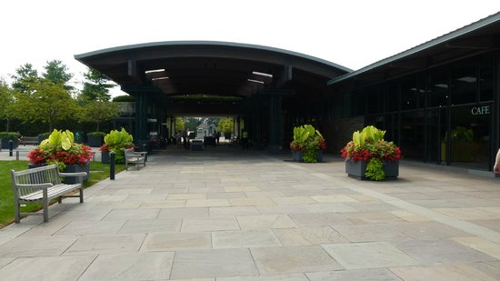Entrance picture of new york botanical garden bronx - Bronx botanical garden free admission ...
