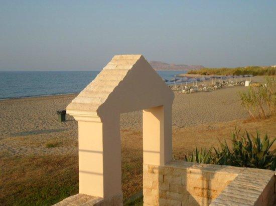 Caretta Beach: Vom Restaurant auf den Stand