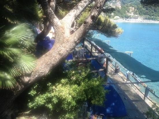 Villaggio Smeraldo: tend side