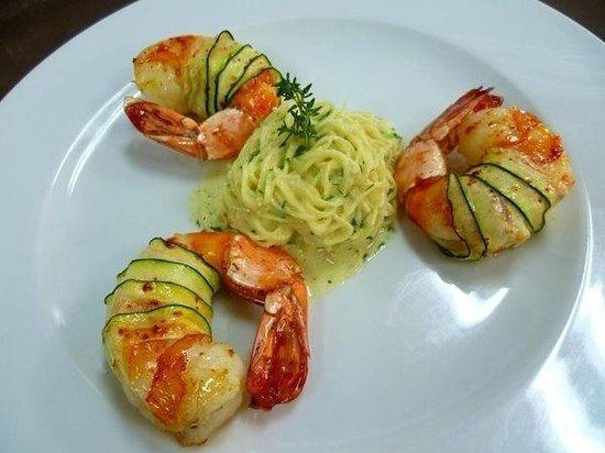 Antica Osteria Italian Eatery Limited: Linguine Aglio e Olio con Gamberoni