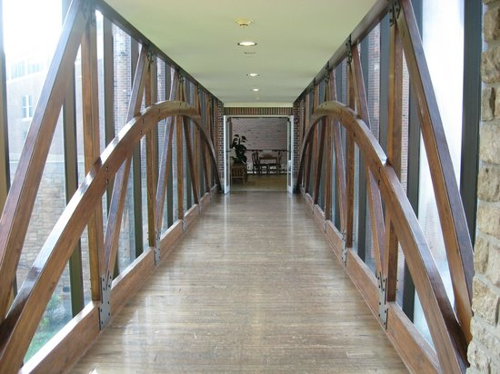 Clifty Inn: Bridge Which Connects Newest Building