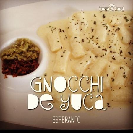 Esperanto: yuca gnocchi