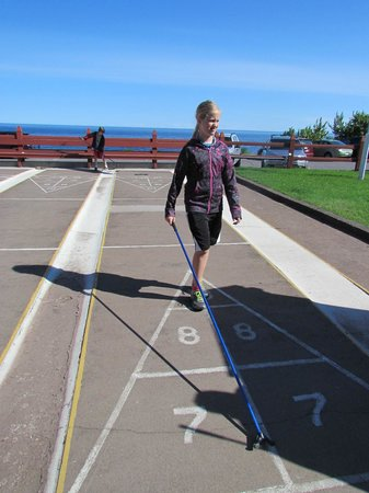 Lutsen Resort on Lake Superior: Shuffle board