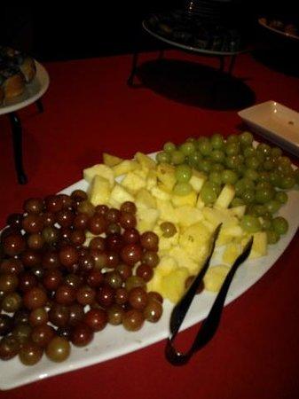 Red Cat Jazz Cafe: Fresh Fruit