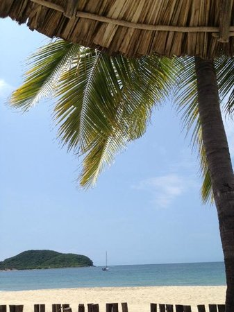 Viceroy Zihuatanejo: View from beach chair
