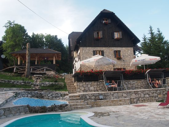 Ethno House Plitvice: Edificio principal