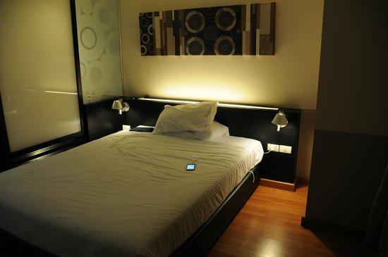 Citadines Sukhumvit 23 Bangkok: bed