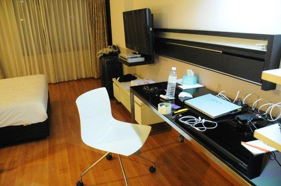 Citadines Sukhumvit 23 Bangkok : desk
