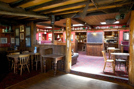 Restaurant at The New Inn: The Driftwood Bar