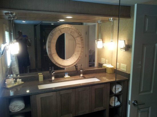 Spa Bathroom Vanities spa loft bathroom vanity - picture of chateau elan winery and