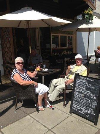 Take A Break Cafe: Two happy customers enjoying the sun!