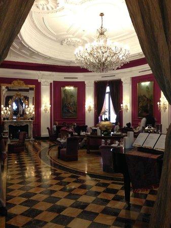 Baglioni Hotel Regina : Hotel Lobby Bar - Baglioni Rome