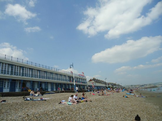 Luckford Wood House: Weymouth Beach - only 10-15 minute drive away.