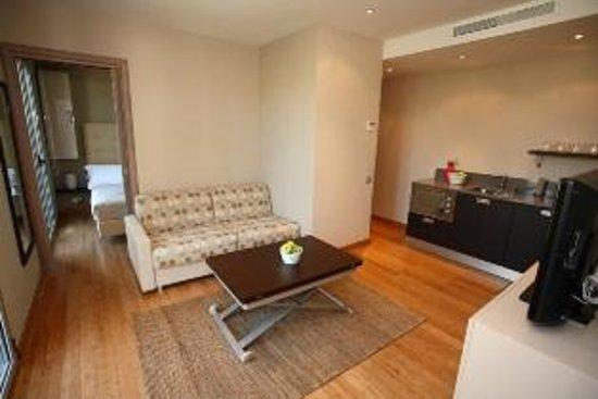 Mandara Beach Hotel : Suite family
