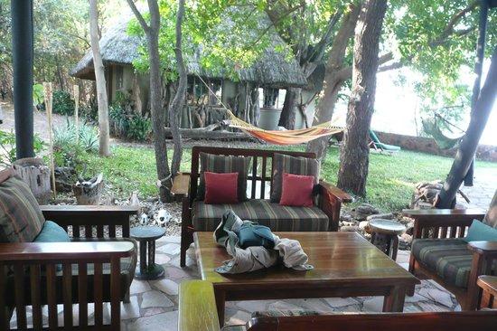 Musango Safari Camp: Lounge Bereich