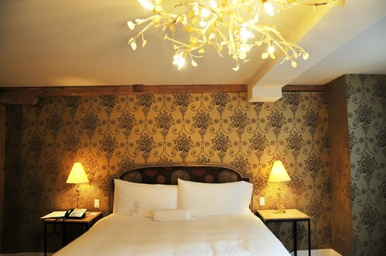 The Ivy at Verity : bed