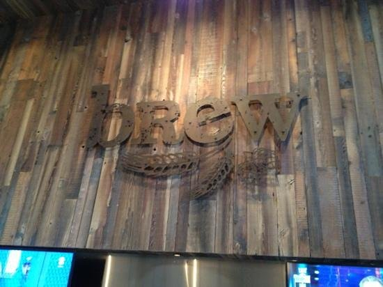 Brew Ales & Eats: Above Bar