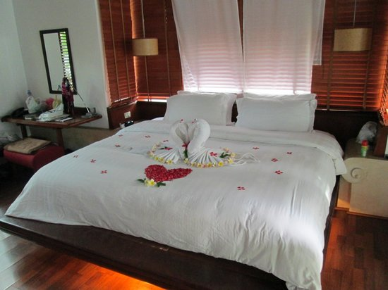 Pavilion Samui Villas & Resort: camera da letto