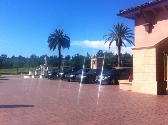Fairmont Grand Del Mar: Hotel entrance