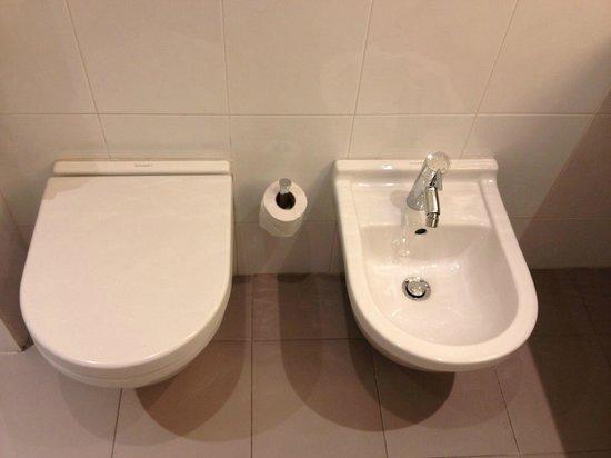 Novotel Bilbao Exhibition Center : WC