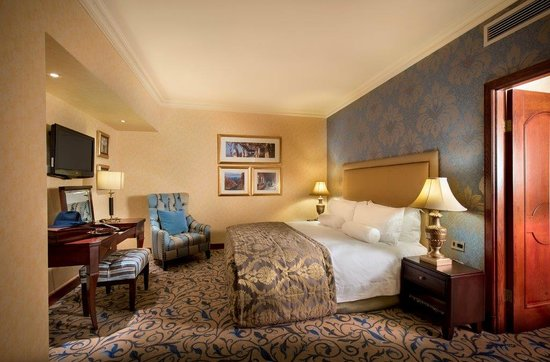 Michelangelo Hotel: Executive Suite-Bedroom