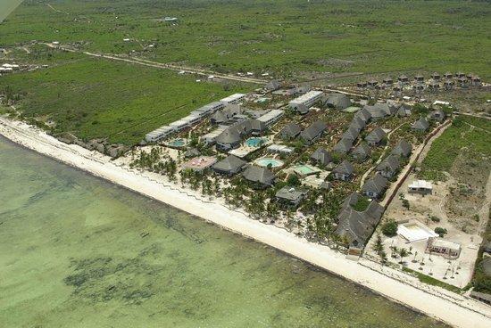 Jacaranda Beach Resort: Foto aerea Jacaranda