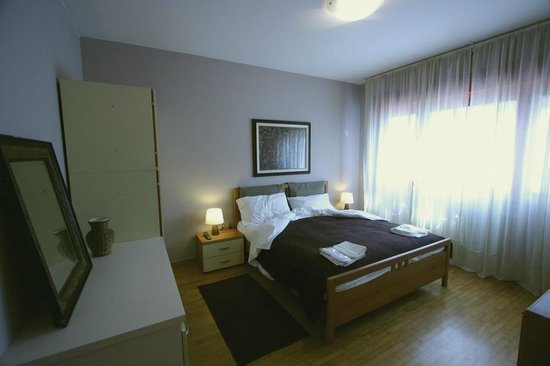 Bed and Breakfast La 12 Notte
