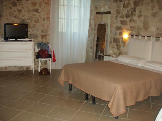 B&B Arnolfo: 4ple room - double bed