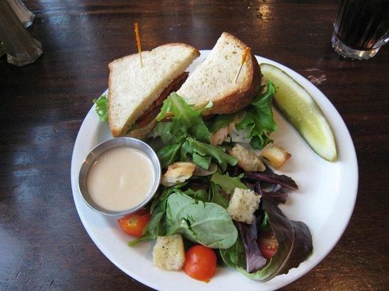 Whip Bar & Grill : The Starr Sandwich
