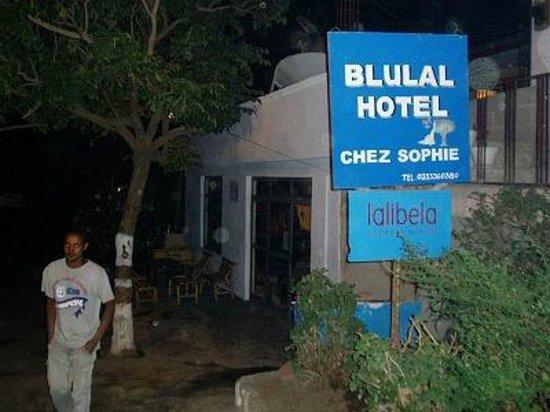 Blue Lal Hotel Restaurant: 「lalibela」の下に「Cookery School」と