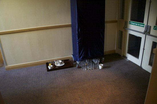 Holiday Inn Maidenhead / Windsor: This was the same on two floors