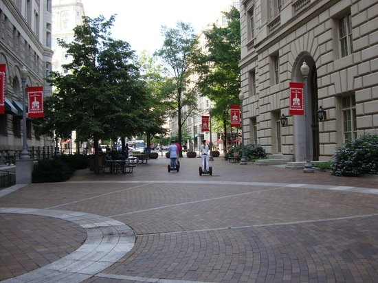 Segs in the City : segway in the city