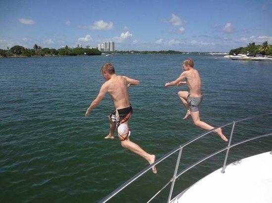 Free To Be Boating: Fun