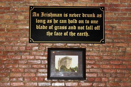 Blarney Stone Pub : Blarney Castle Saying
