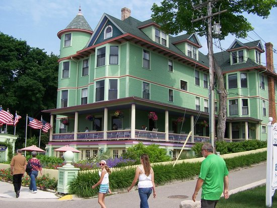 Inn on Mackinac: The Inn at Mackinac