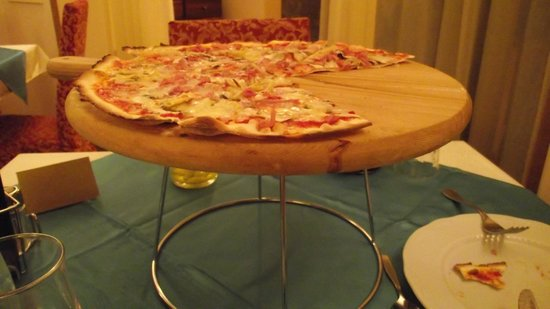 Bed and Breakfast Montelupone: ¡Exquisita pizza!