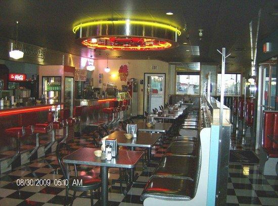 Twister's Burgers Fries & Mlts: Twisters Restaurant