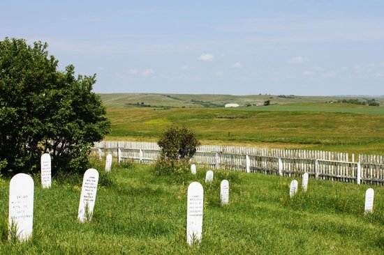 Fort Abraham Lincoln State Park: 7th Calvary Cemetery